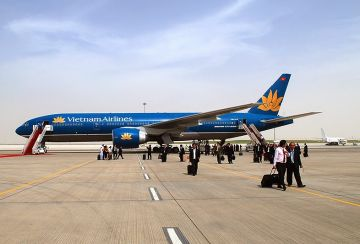 Ha Noi reopens air routes to HCMC & Da Nang